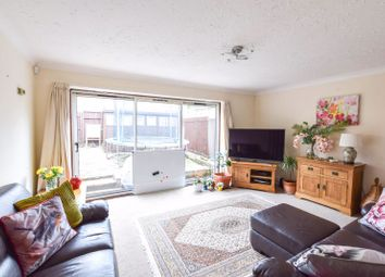 3 bed end terrace house to rent in Horsmonden Close, Orpington BR6