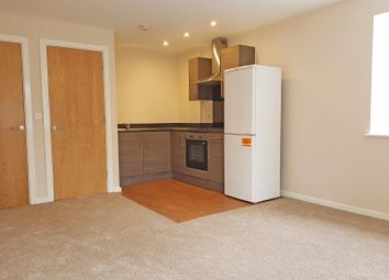 2 bed flat to rent in Park Rise, Seymour Grove, Trafford, Manchester M16