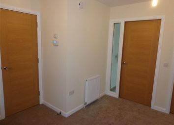 Thumbnail 2 bed flat for sale in Leys Park Grove, Dunfermline