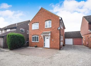 Thumbnail 3 bedroom detached house for sale in Pickwick Avenue, Newlands Spring, Chelmsford
