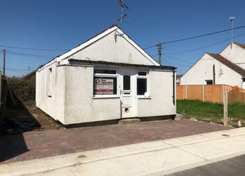 Thumbnail 2 bedroom bungalow to rent in Crossley Avenue, Clacton-On-Sea