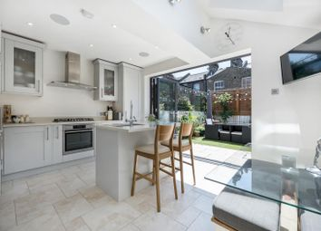 3 bed property for sale in Kingsley Street, London SW11