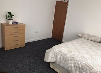 Thumbnail Room to rent in Strathmore Avenue, Luton