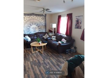 2 bed flat to rent in Stacey Road, Cardiff CF24