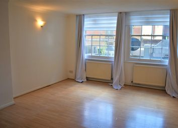 Thumbnail 1 bed flat to rent in Aldgate High Street, Aldgate