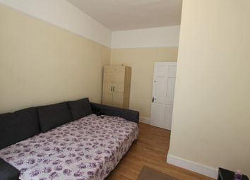 Thumbnail 1 bed flat to rent in Elgin Road, Seven Kings, London