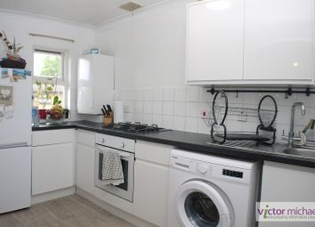 1 bed maisonette to rent in Gadwall Close, Custom House, London. E16