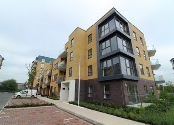 Thumbnail 1 bed flat to rent in Peregrine House, Bedwyn Mews, Reading