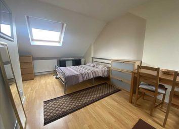 Thumbnail Flat to rent in Regal Way, Kenton, Harrow