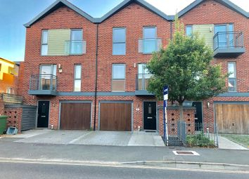 3 bed town house for sale in Vosper Road, Southampton SO19