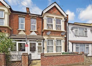 Thumbnail 2 bed flat for sale in Kingsley Road, Walthamstow, London