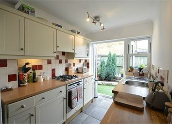 2 bed cottage to rent in Pantile Road, Weybridge, Surrey KT13