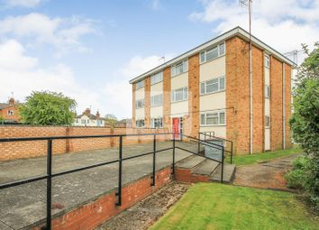 Thumbnail 2 bed flat for sale in Wing Road, Leighton Buzzard