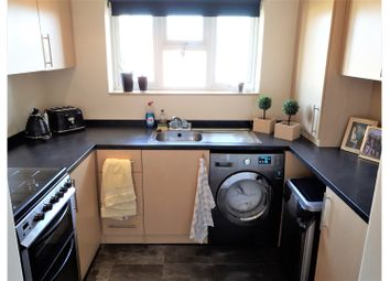 Thumbnail 2 bed flat to rent in Upminster, Upminster