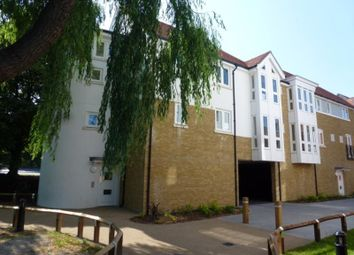 2 bed flat to rent in City Wall Avenue, Canterbury CT1