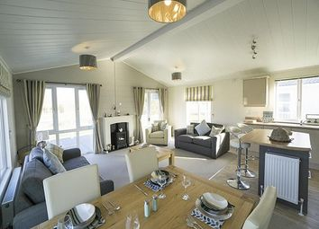 Thumbnail 2 bed lodge for sale in Southview Holiday Park, Skegness, Lincolnshire