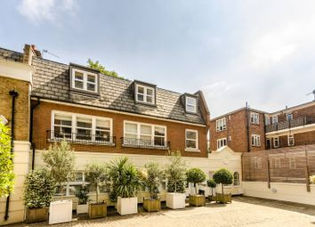 Thumbnail 2 bed flat for sale in College Place, Chelsea