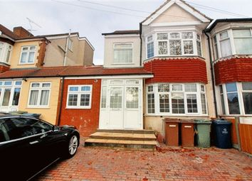 Thumbnail 3 bedroom flat to rent in Turner Road, Edgware, Middlesex