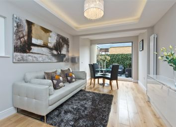 2 bed maisonette for sale in Smeaton Road, Southfields, London SW18