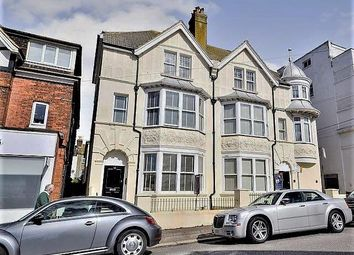 Parkhurst Road, Bexhill-On-Sea TN40. 3 bed flat for sale