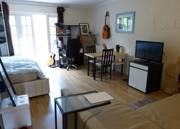 Thumbnail Property to rent in Hamlet Square, Crickelwood, London