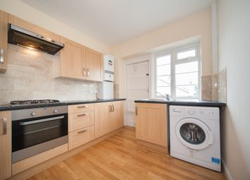 Thumbnail 2 bed flat to rent in Barrow Road, London