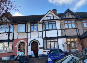 3 bed terraced house to rent in Gresham Drive, Chadwell Heath, Romford RM6
