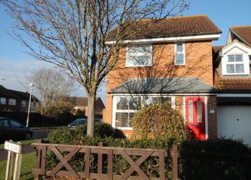 Thumbnail 3 bedroom property to rent in Owl Close, Aylesbury