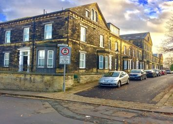 Thumbnail 2 bed flat to rent in Balmoral Place, Halifax