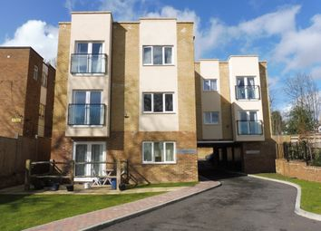 Thumbnail 1 bed flat to rent in Princes Road, Redhill