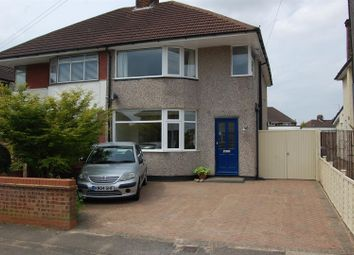 Thumbnail 3 bed detached house for sale in Heywood Drive, Luton