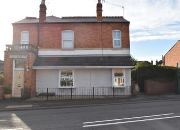 Thumbnail 2 bed flat for sale in Berkley Gardens, Fernhill Heath, Worcester