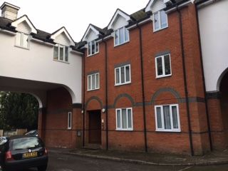 Thumbnail 2 bedroom flat to rent in Upper Marsh Lane, Hoddesdon
