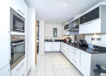Thumbnail 4 bed flat to rent in Whitelands, Putney