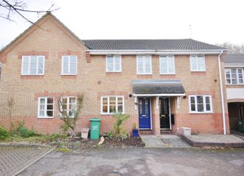 Thumbnail 2 bedroom flat to rent in Whitesmith Drive, Billericay