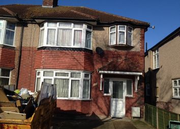 Thumbnail 2 bed flat to rent in Shelley Cres, Hounslow
