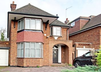 Thumbnail 4 bed detached house to rent in Manor Hall Avenue, Hendon