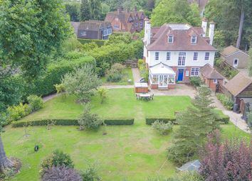Thumbnail 6 bed detached house for sale in Yewlands, Hoddesdon