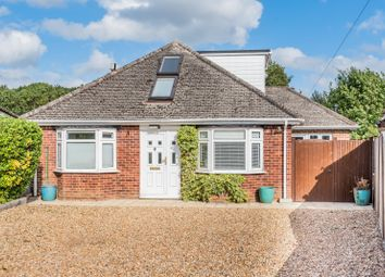 4 bed property for sale in Mead Way, Guildford GU4