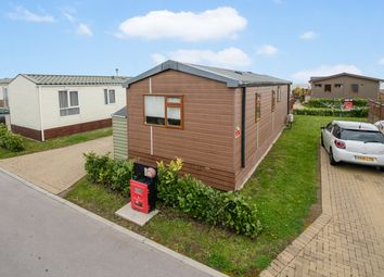 Thumbnail 2 bedroom mobile/park home for sale in Harbourside, Eastern Road, Portsmouth