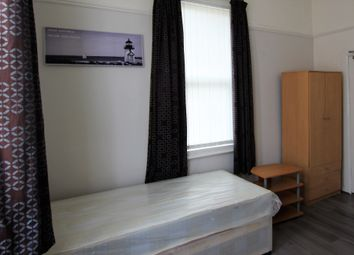 Thumbnail Studio to rent in Springholme Terrace, Stockton