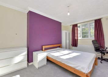 4 bed flat to rent in Glenbuck Court, Glenbuck Road, Surbiton, Surrey KT6