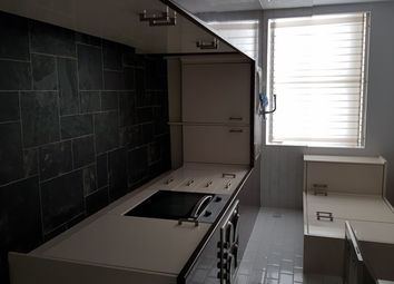 1 bed flat to rent in Roundwell Street, Tunstall, Stoke-On-Trent ST6