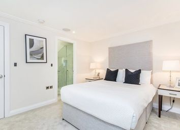 Thumbnail 2 bed flat to rent in Park Walk, Chelsea, Chelsea
