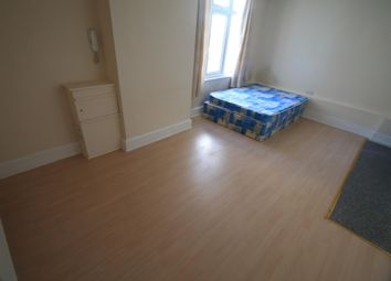 Thumbnail Studio to rent in Eaton Place, Eaton Green Road, Luton