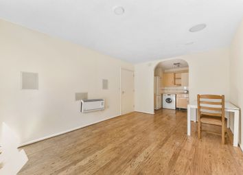 Pampisford Road, South Croydon CR2. 2 bed flat