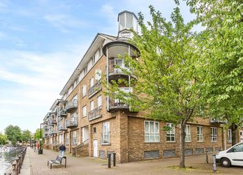 Thumbnail 2 bed flat for sale in Rainbow Quay, Rope Street, Surrey Quays, London