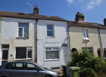 Thumbnail 4 bed property to rent in Laburnum Place, Sittingbourne, Kent.