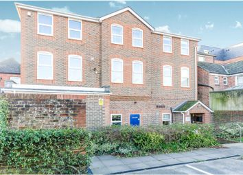 2 bed maisonette to rent in Osborn Road South, Fareham PO16