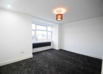 Thumbnail 1 bed flat to rent in Roding Lane South, Ilford